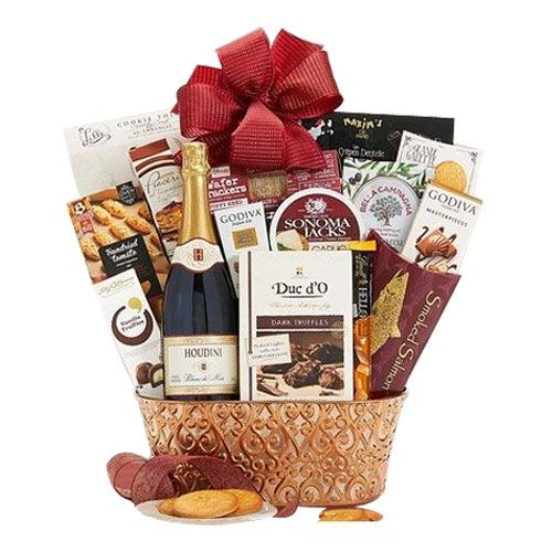 Sophisticated Gourmet Weekender Gift Hamper with Red Special