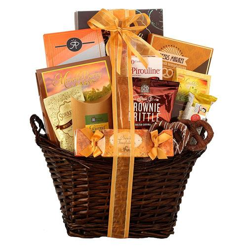 Exquisite Sweet Escape Champagne N Gourmet Gift Basket