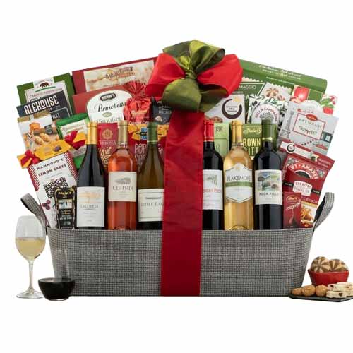 Christmas Festive Celebratory Gift Basket