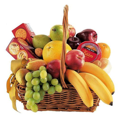 Cheese, Crackers    Fruits Classic Collection Gift Basket